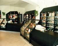 105-140-prodejna skla a porcelánu-003.jpg