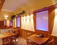 13-Vegetariánská restaurace-012.jpg