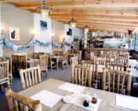 18-Africká restaurace areál Malevil-003.jpg